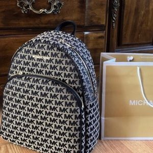 $348 Michael Kors Abbey Backpack MK Purse Bag